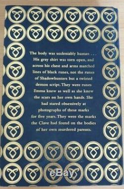 Cassandra Clare Lady Midnight SIGNED Waterstones Runes Edition Dark Artifices 1