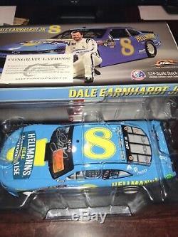 Factory Autographed 2019 1/24 Dale Earnhardt Jr #8 Retro Darlington Hellmanns