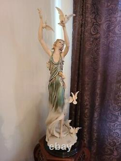 Giuseppe Armani Signed White Wings 35 Figurine With 1839c Limited Edition