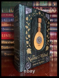 Name of the Wind SIGNED PAT ROTHFUSS Illustrated Hand Leather Rebound Hardback
